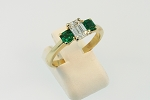 Diamond and Emerald Ring 19377