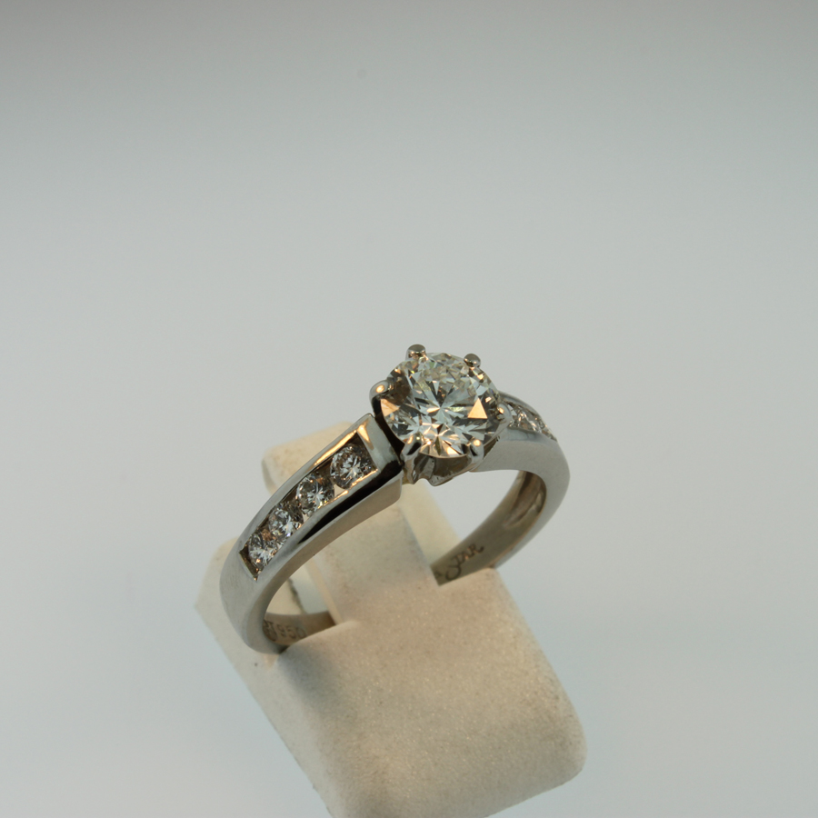 Diamond Engagement Ring 19012