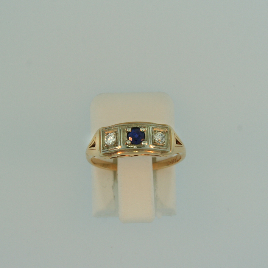 Sapphire and Diamond Ring 3010