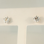 Diamond Stud Earrings 19698