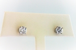 Diamond Stud Earrings 20281